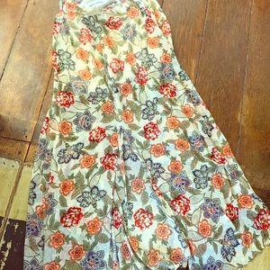 Abercrombie! Beautiful long flowing skirt